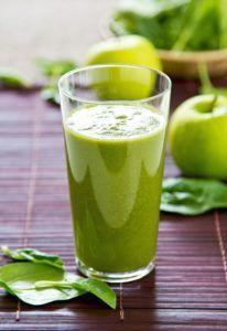 batido de manzana vegano