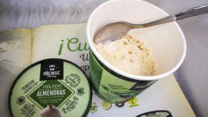 helado de almendras vegano