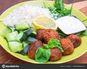 salchichas veganas arroz