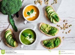 sopa de remolacha vegana