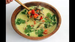 sopa lentejas y coco vegana